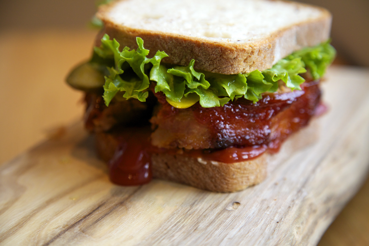 cooking 101 for guys- the best meatloaf sandwich ever